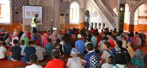 Kulu'da camilerde trafik semineri verildi