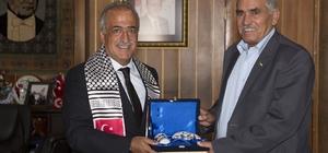 "Rektör Çomaklı: ""Filistin'i yalnız bırakmayacağız"""