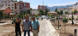 Başkan Tutal, yapımı devam eden park alanlarında incelemelerde bulundu