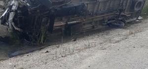 Karaisalı'da trafik kazası: 18 yaralı