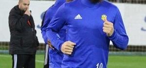 Nacer Barazite kulüp bulamayınca tekrar Yeni Malatyaspor'a döndü