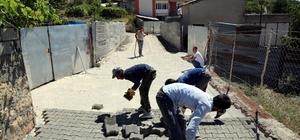 Lice'de kilitli parke taşı ve bordür çalışmaları hızla devam ediyor
