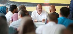Pamukkale'de vatandaşlar dertlerini belediye başkanına anlattı