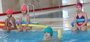 Turgutlu'da yüzme takımının temelleri atılıyor