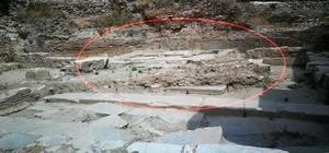 2 bin yıllık tarihi İstanbul Kapı'da şapel ve taştan yollar ortaya çıktı