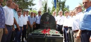 Denizer, katledilişinin 19. Yılında mezarı başında anıldı