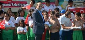 Belediye Başkanı Kılıç yüzme kursunu ziyaret etti
