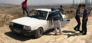 Konya'da 24 yaşındaki genç otomobilde ölü bulundu Otomobil yakınında 3 adet çakmak gazı tüpü bulundu