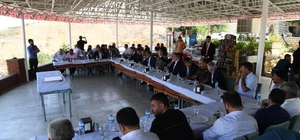 Başkan Asya, protokol üyelerini Kale'de ağırladı