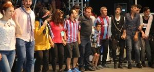 Trabzonlular, Darıca'da horona doydu