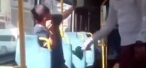 Küçük çocuğa otobüste kemerli dayak Sosyal medyada paylaşılan görüntü büyük tepki topladı