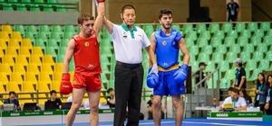 Wushu Şampiyonasında dünya ikincisi oldu