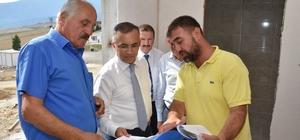 Vali Çeber,  Emekli Kent Proje alanındaki çalışmaları inceledi