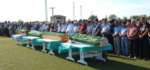 Edirne'deki kazada hayatını kaybeden 4 kişi toprağa verildi