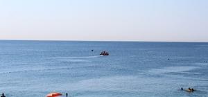 Sahilde kayıp gurbetçi seferberliği Gece görevlileri dinlemeyip denize giren gençten haber alınamıyor Antalya'nın Konyaaltı sahilinde sabaha karşı girdiği denizde kaybolduğu düşünülen gurbetçi genç hakkında kayıp başvurusunda bulunulduğu öğrenildi