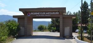 Karabük Belediyesi'nden mezarlıklara anıtsal giriş kapısı