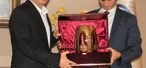 Halıcılar dünya halı modasını belirlemeye aday Üretim ve ihracat şampiyonluğunun ardından moda tasarımda da liderlik