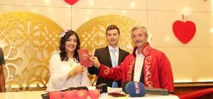 Evlenecek çiftlerin 08.08.18 heyecanı Gaziantep'te 147 çift 08.08.2018 tarihinde nikah kıydırdı