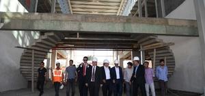 Başkan Asya, protokol üyelerine şehirlerarası otobüs terminali inşaatını gezdirdi