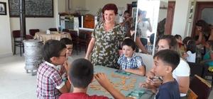 Kazandereli çocuklar, Çocuk Kulübü ile eğlenirken öğrendi