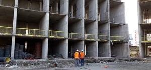11. kattan düşen işçi ağır yaralandı