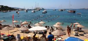 Lübnanlı turistler Bodrum'a gemi ile geldi
