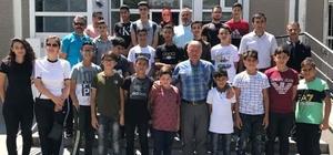Filistinli Sporcular Develi Kaymakamı Duru'yu Makamında Ziyaret Etti