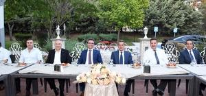 Vali Kalkancı'dan Başsavcı Karabacak onuruna veda yemeği