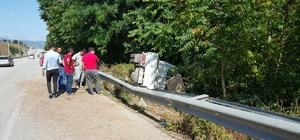 D-100'de kaza 2 yaralı