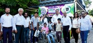 Kahta'da bayram öncesi engellilere kıyafet yardımı