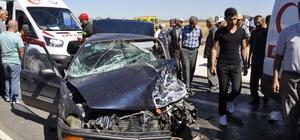 Otomobil ile hafif ticari araç çarpıştı: 3 yaralı Konya'nın Seydişehir ilçesindeki kazada ağır yaralanan otomobil sürücüsü hava ambulansı ile hastaneye sevk edildi