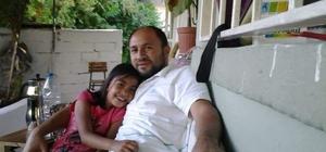 Denizli'de aile faciası Cinnet getiren baba, eşi ve 13 yaşındaki kızını boğarak öldürdü ardından intihar etti Aile üyelerinin cesetlerini evin oğlu buldu