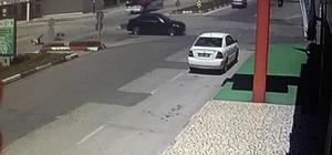 Motor sürücüsü ölümden kıl payı döndü O anlar güvenlik kameralarına yansıdı