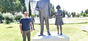 """Saldırıya uğrayan Atatürk heykeli onarıldı Başkan Çetin: """"Bizi Atatürk'ün yolundan kimse döndüremez"""""""