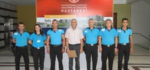 Güvenlik görevlilerinden Milli Savunma Sanayi'ne destek bağışı Asgari ücretle çalışan güvenlikçilerden ülke ekonomisine örnek destek