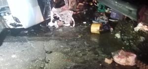 Aydın-İzmir otobanında kaza, aynı yöne giden iki araç çarpıştı 4 yaralı