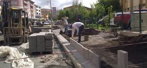 Ardahan'da yol ve kaldırım çalışmaları hızla devam ediyor