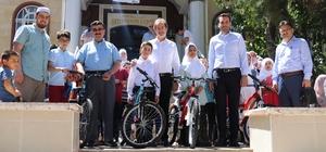Genç MÜSİAD'dan Kur'an-ı Kerim kursunu başarıyla bitiren öğrencilere ödül
