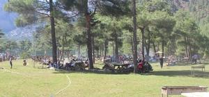 Yahyalı Milli Parklar ve Doğa Koruma Kapuzbaşı Piknik Alanı'na büyük ilgi