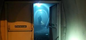 Tünelde otomobilde yangın çıktı Dumanla kaplanan tünelde vatandaşlar can pazarı yaşadı