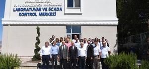 """Başkan Gül ve sağlıkçılar Scada kontrol merkezini inceledi Çorum Belediye Başkanı Zeki Gül; Halkımız sağlıklı su içiyor"""""""