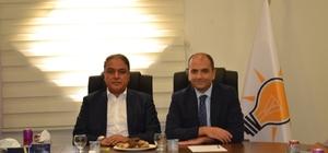 Vali Tekinarslan'ndan AK Parti il başkanına hayırlı olsun ziyareti