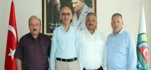 Gözler fındık fiyatında Giresun Ziraat Odası Başkanı Nurittin Karan'ı TZOB Yönetim Kurulu Üyesi Kozoğlu ,ziraat odaları olarak ortak beklentilerinin iyi bir fiyat açıklanması olduğunu ifade etti