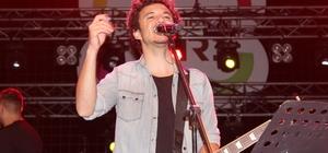 Kocaeli, Buray ile coştu Pop Müziğin ünlü ismi Buray, İzmit'te rüzgar estirdi