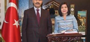 Büyükelçi Ekarohit'ten Vali Demirtaş'a ziyaret