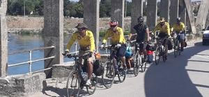 Bölgeler arasında köprü kurmak için pedal çeviriyorlar
