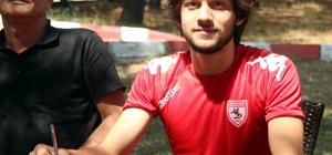 Samsunspor'da şok ayrılık Samsunspor ile 5 yıllık sözleşme imzalayan Can Muhammet Vural ile yollar ayrıldı