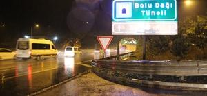 Bolu Dağı'nda tatilcilere yağış sürprizi Tatilciler yollara döküldü, Ankara istikametine trafik akışı başladı