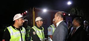Bakan Soylu, Bolu'da trafik tedbirlerini denetledi Bakan Soylu, çocuk yolculara kırmızı düdük dağıttı
