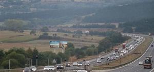 Bolu'da bayram trafiği yoğunluğu artıyor